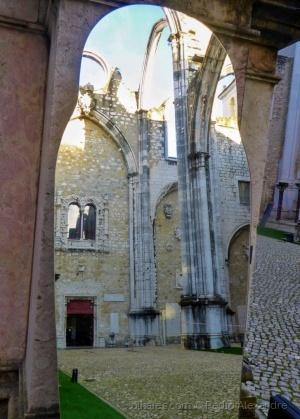 /Um olhar diferente do Convento do Carmo