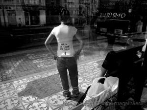 Fotojornalismo/E vocês, parem de olhar também