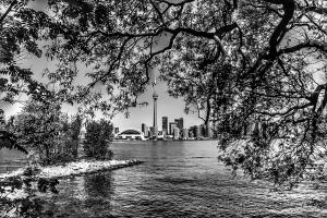 Gentes e Locais/Toronto entre folhas 3