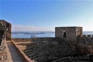 /Castelo de Monsaraz e o Alqueva