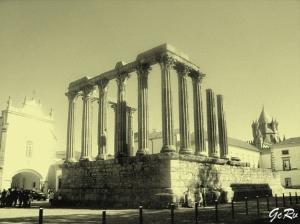 /Templo de Diana - Évora