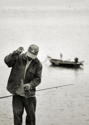 /O pescador [esquecendo a solidão]