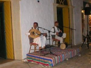 /Há música na Medina...