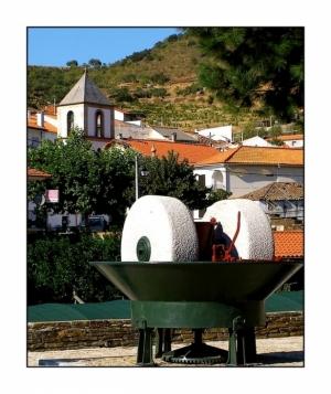 Gentes e Locais/Mós (do Douro)