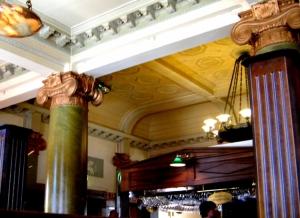 /Old Bank Café