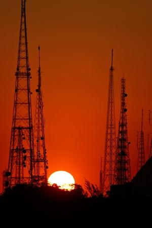 Paisagem Urbana/Por trás das torres de TV