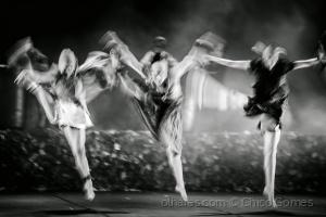 Espetáculos/Triplo Movimento