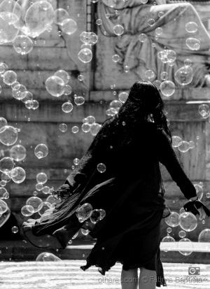 /Dança com bolas de sabão