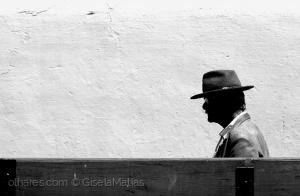 Outros/O homem do chapéu.