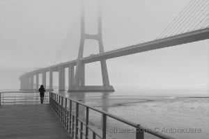 Gentes e Locais/Nevoeiro na Ponte (Lisboa)