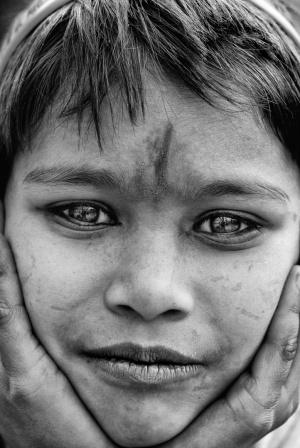 Retratos/The girl of the river