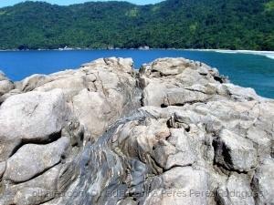 Paisagem Natural/As águas lapidam as rochas...