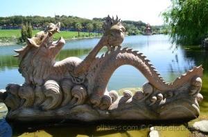 Gentes e Locais/Lindo dragão