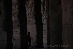 Retratos/Na sombra