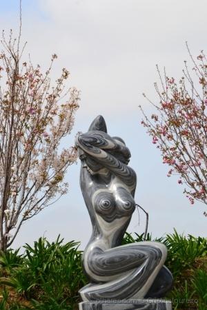 Outros/Mais uma escultura maravilhosa no...