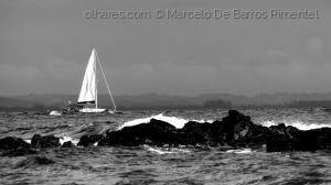 """/Barcos Brasileiros - """"Estai"""" a Aguardar no Mar"""