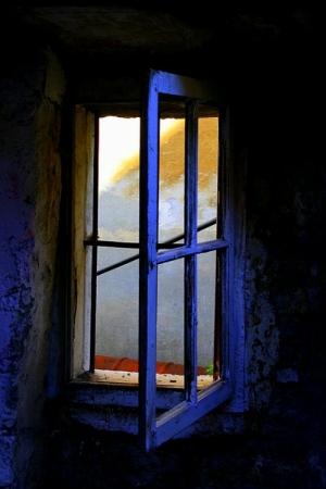 /janela azul