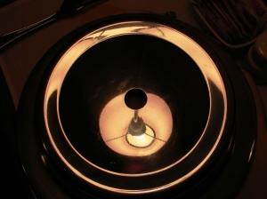 /Reflexo de uma luminária.