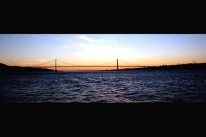 /Ponte de 25 de Abril