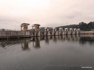 /Barragem no Rio Douro