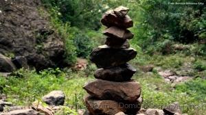 Outros/Pedras Empilhadas 2