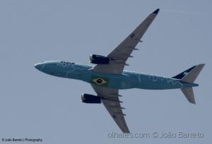 Fotojornalismo/PR-AIU A330-243 Azul