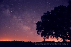 Paisagem Natural/Brilha o céu, sonha o homem.