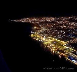 /Look about Lisbon at night