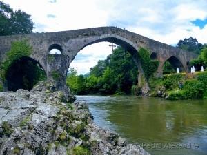 História/Ponte romana de Cangas de Onís