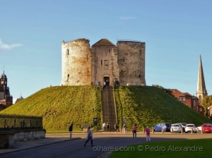 /Clifford's Tower, York