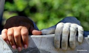 Outros/Tenho uma mão de pedra...