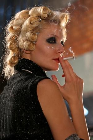 /Backstage smoking