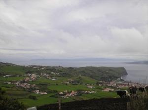 /vista com Sao Jorge ao fundo....