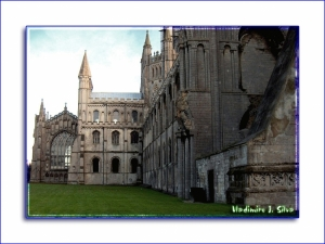 /Cathedral The Ely - Left Side ( Inglaterra )