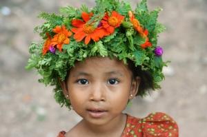 /Menina na Birmania