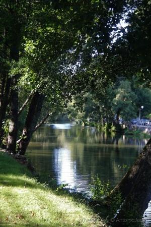 /Luz e cores do rio Ceira ( Góis )