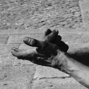 Outros/mãos castigadas