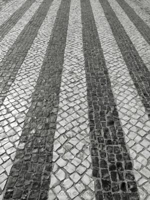 Abstrato/Calçada p&b