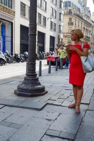 Paisagem Urbana/A rapariga do vestido vermelho...