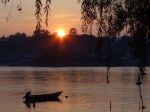 Paisagem Natural/Na margem ao pôr do sol (ler)