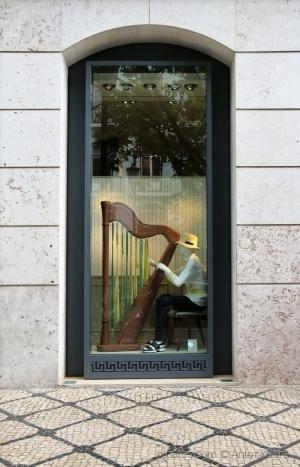 /Uma Harpa, Cor e Luz no Chiada