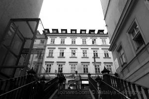 Gentes e Locais/Nas escadas de cidade (Vienna)