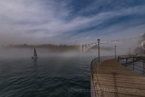 /Navegando pelas brumas do Douro