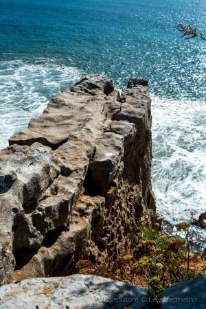 /Como uma muralha de pedra...