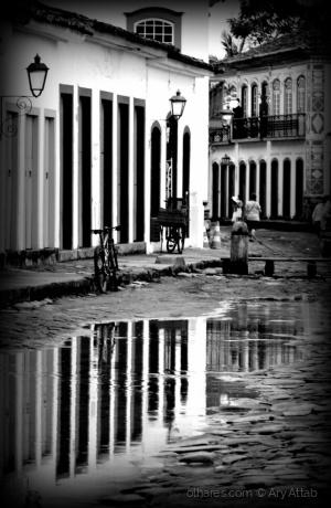 Paisagem Urbana/Reflexos de Paraty