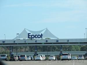 Outros/sEstacionamento do Epcot em orlando flórida chegad