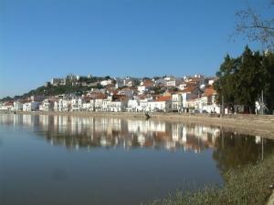 Paisagem Urbana/vila a beira-rio