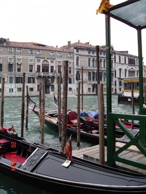 Paisagem Natural/Gôndolas em Veneza