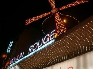 /Moulin Rouge