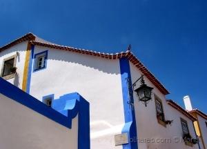 /O azul e branco de Óbidos...